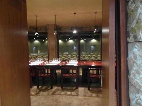 Uma das salas de degustação da Catena